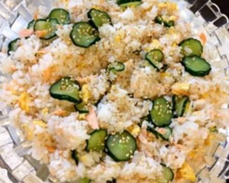 シロさんの鮭と卵と胡瓜で作るちらし寿司