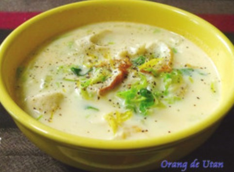 餅入り白菜の味噌ミルクスープ