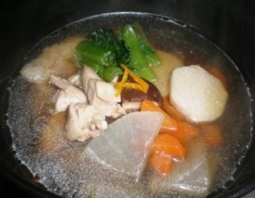 シンプル 鶏のお雑煮 (関東風)