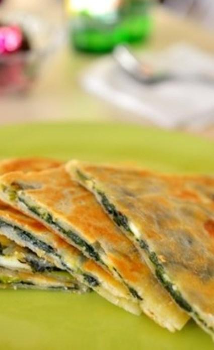 トルコ料理☆ほうれん草とチーズのクレープ