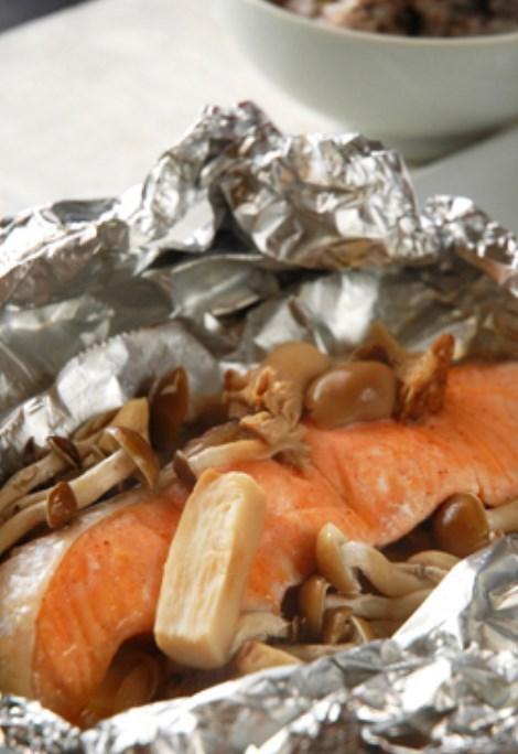 鮭ときのこで秋のホイル焼き