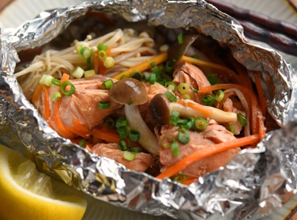 鮭のホイル焼き/フライパンでの簡単レシピ作り方