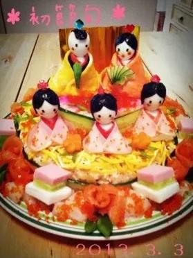 ひな祭り *ちらし寿司でお雛様ケーキ*