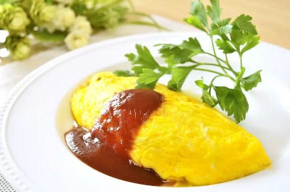 簡単シンプル☆ひき肉と玉ねぎのオムレツ♪
