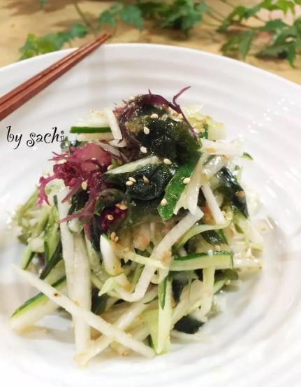 海藻と大根のさっぱり梅サラダ