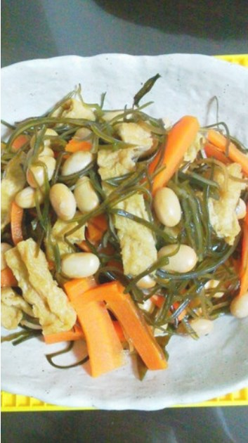 わたしの好きな刻み昆布と大豆の煮物