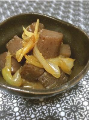 話題入り】蒟蒻と玉ねぎの生姜煮