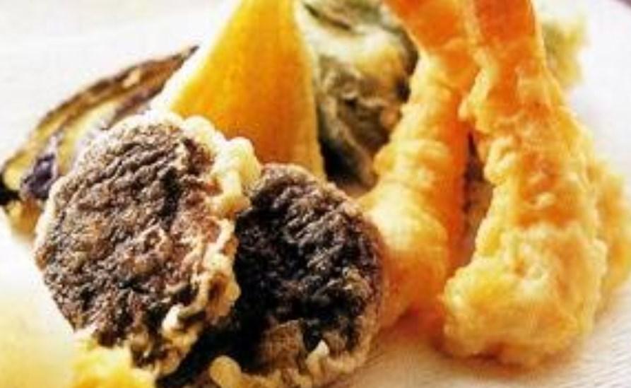 天ぷらはころものサクサク感がキモ☆ えびと野菜をさくっと揚げるコツをおさらい