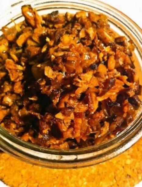 干し椎茸で!ベジタリアンの肉味噌