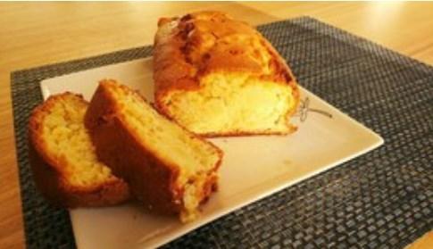 HMで簡単ふんわりりんごのパウンドケーキ