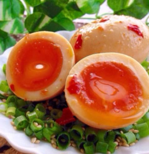 染みウマ♡にんにく辛味噌の半熟味玉