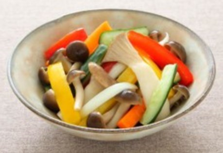 きのこと野菜のフレッシュピクルス