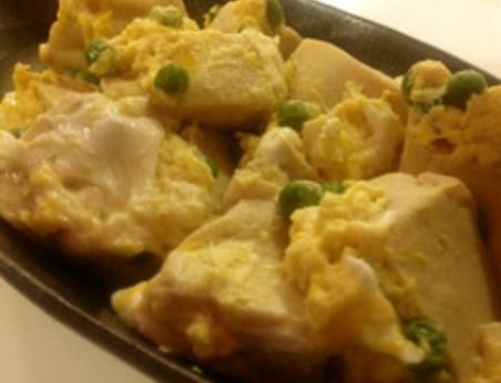 誰もがうなる優しい甘味☆高野豆腐の卵とじ