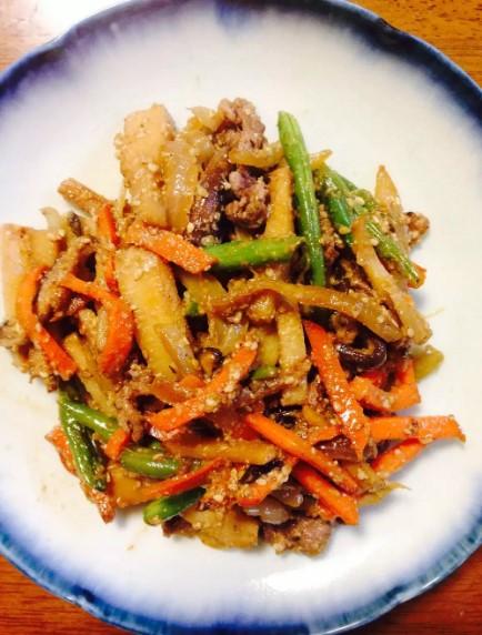 ☆春野菜と牛肉☆ごま風味炒め