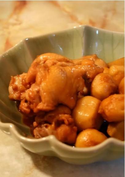 ねっとりやわらか❤鶏手羽元と里芋の煮物