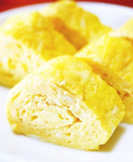 朝食やお弁当に。白だしで料亭の味☆卵焼き