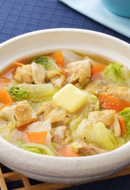 サッポロ一番 ガリバタ鶏塩なべ