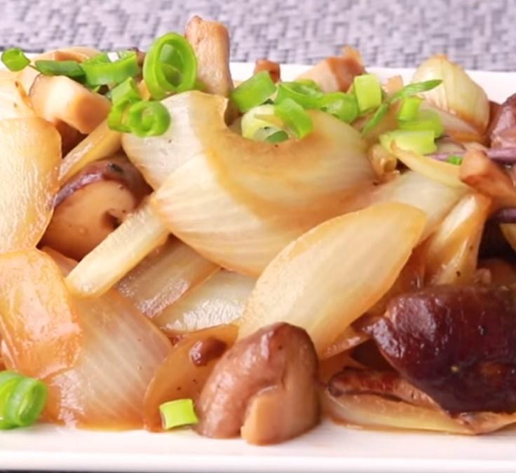 しいたけと玉ねぎのバター醬油炒め レシピ・作り方