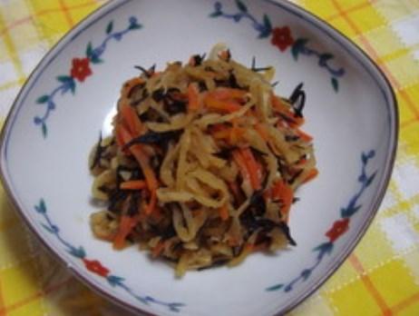 切干大根とひじきの煮物
