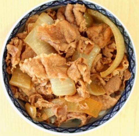 巣篭作り貯め 吉野家の牛丼を完全舌コピー